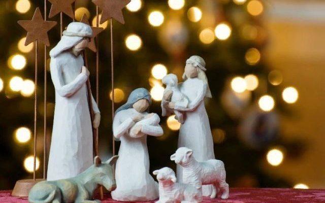 ЕМА поздравляет всех в Рождеством Христовым!